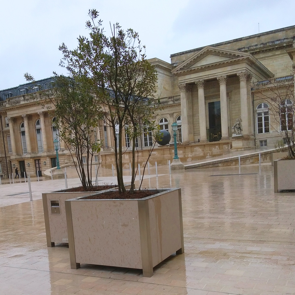 ATECH-planters-french-national-assembly-paris