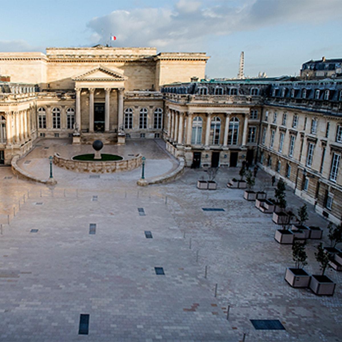 ATECH-planters-national-assembly-paris