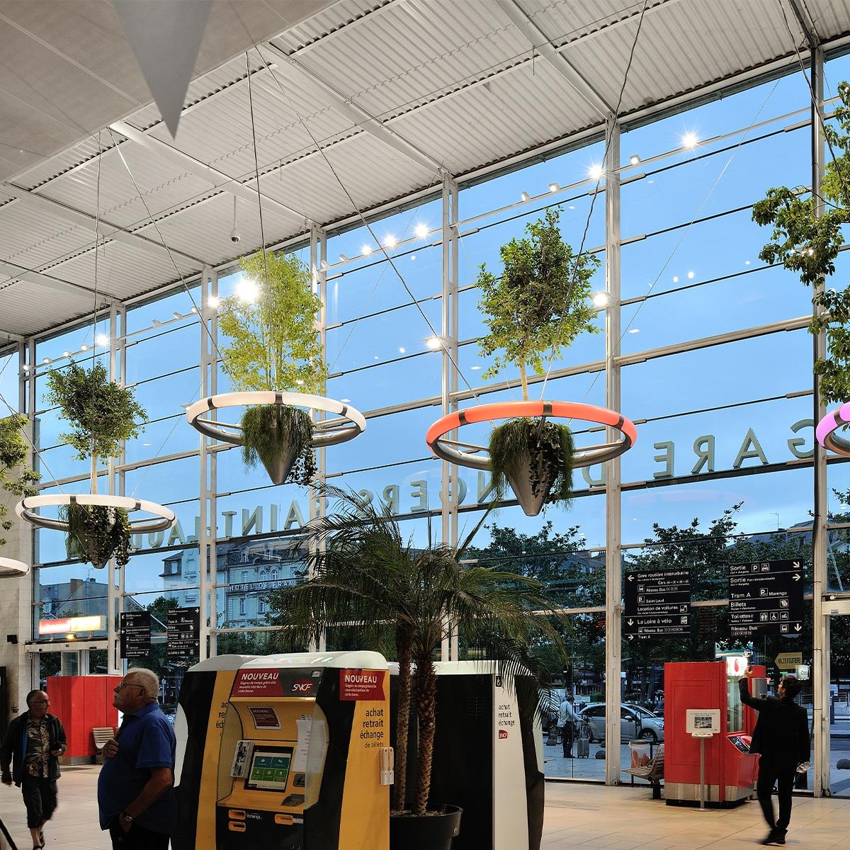atech-bahnhof-wald-projekt-pflanzkübel