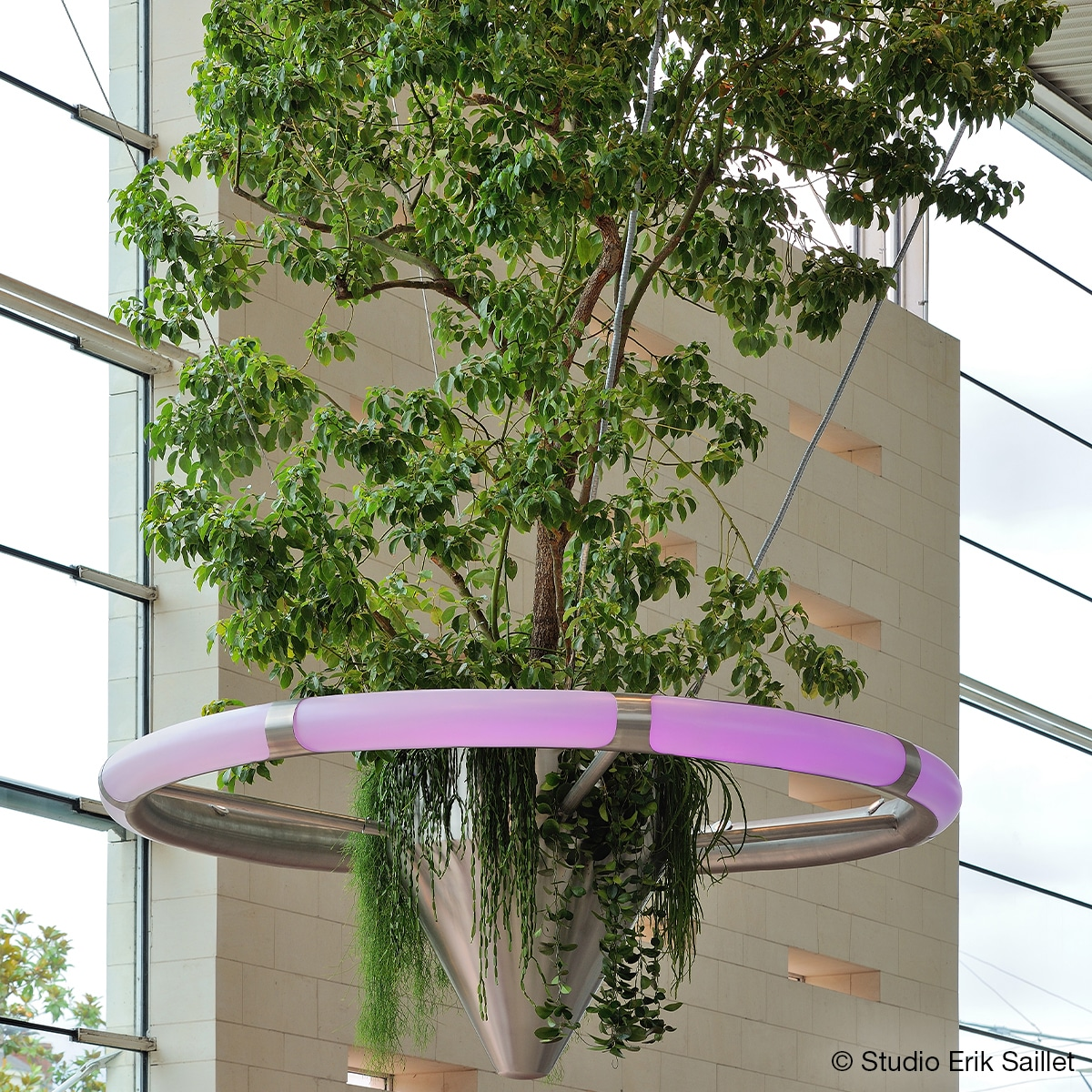 ATECH-levitating-angers-station