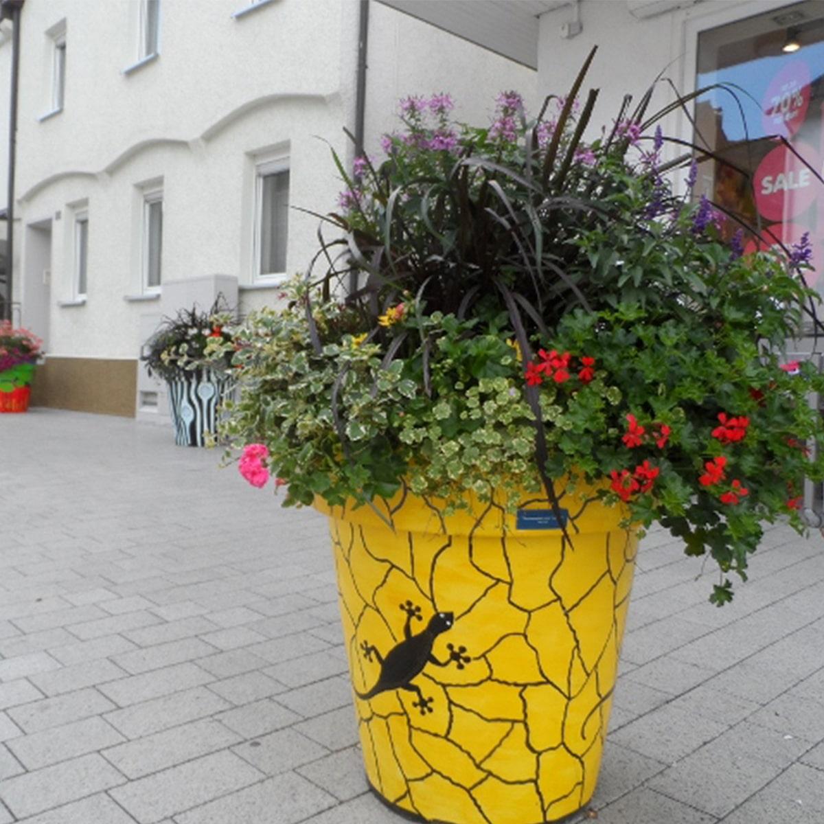 ATECH-customised-flower-pots-extravase