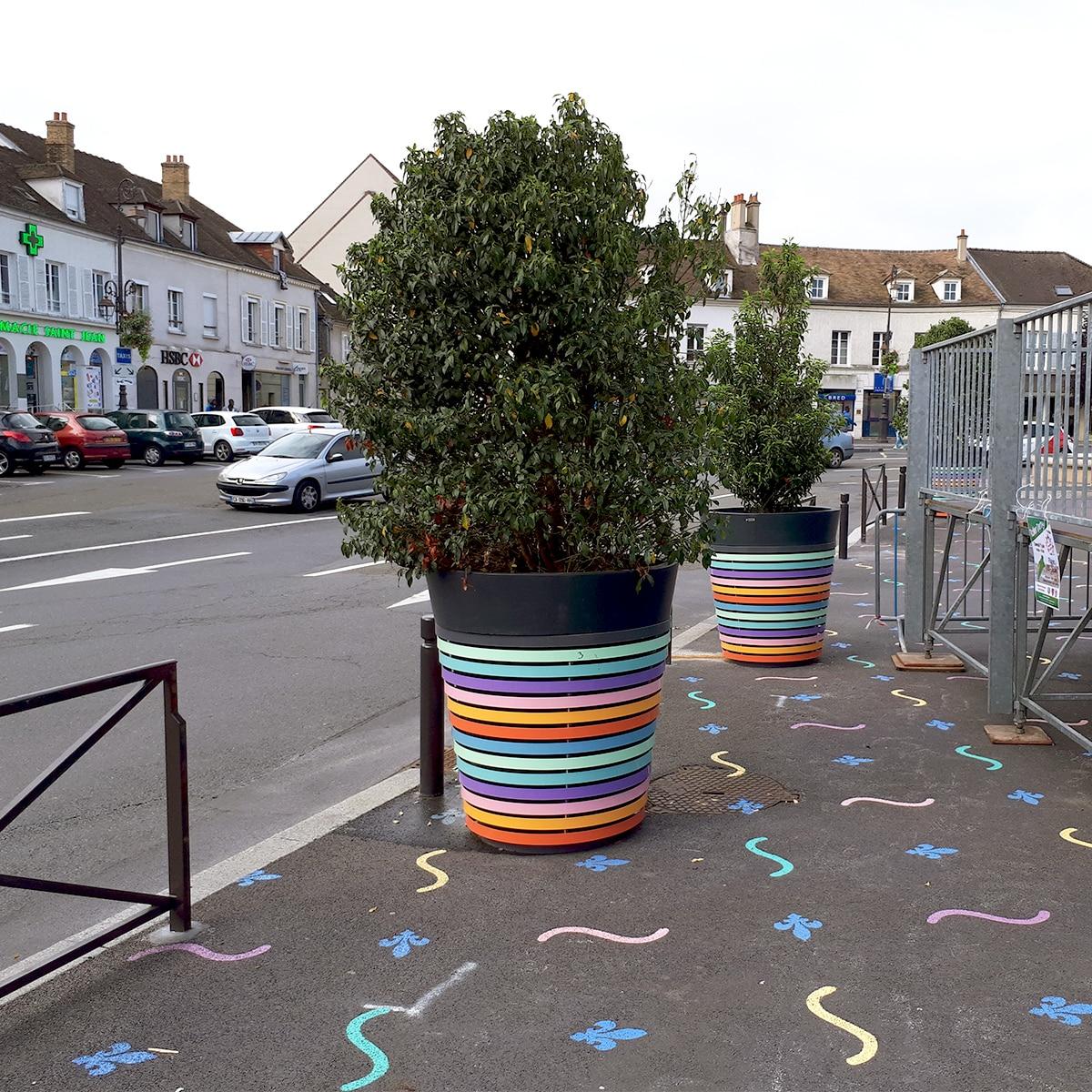 ATECH-roadside-design-street-furniture-planter-pastel